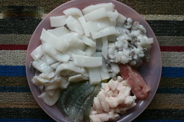 Cách làm chả mực món ăn ngon